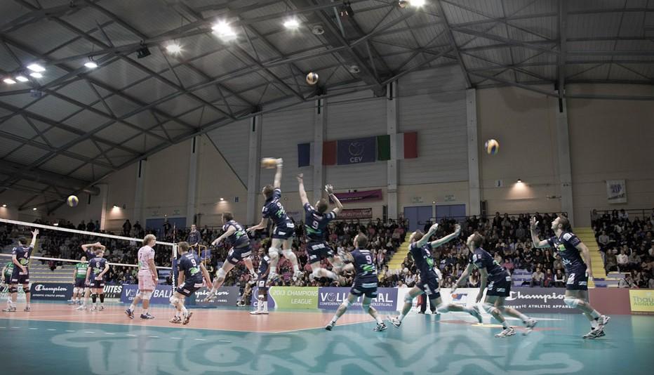 volley Arago